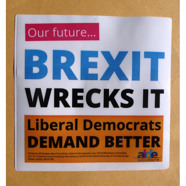Slough Lib Dems campaign for the People's Vote on Brexit ()